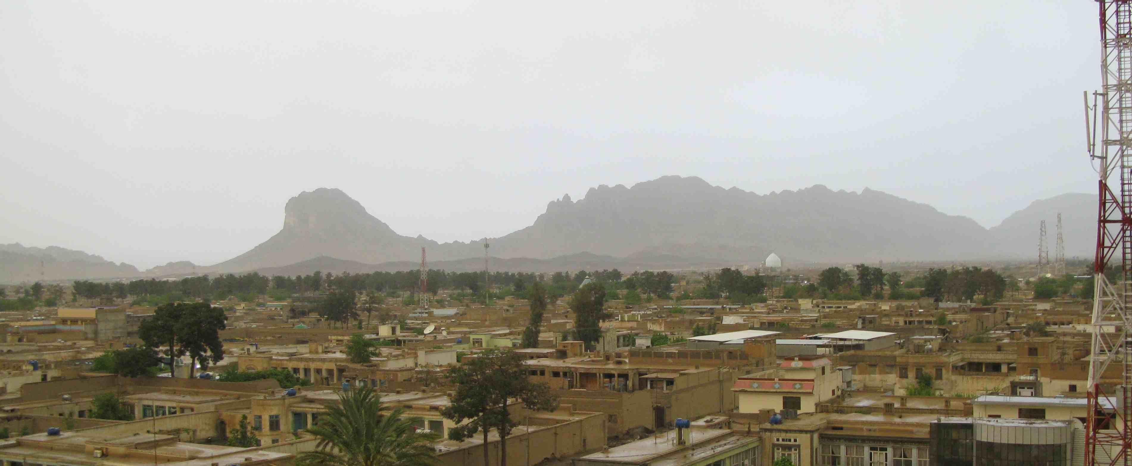 http://frontlineclub.com/blogs/alex/Kandahar%28small%29.jpg