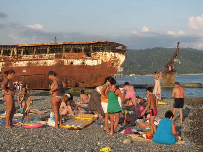sukhum beach 2.jpg